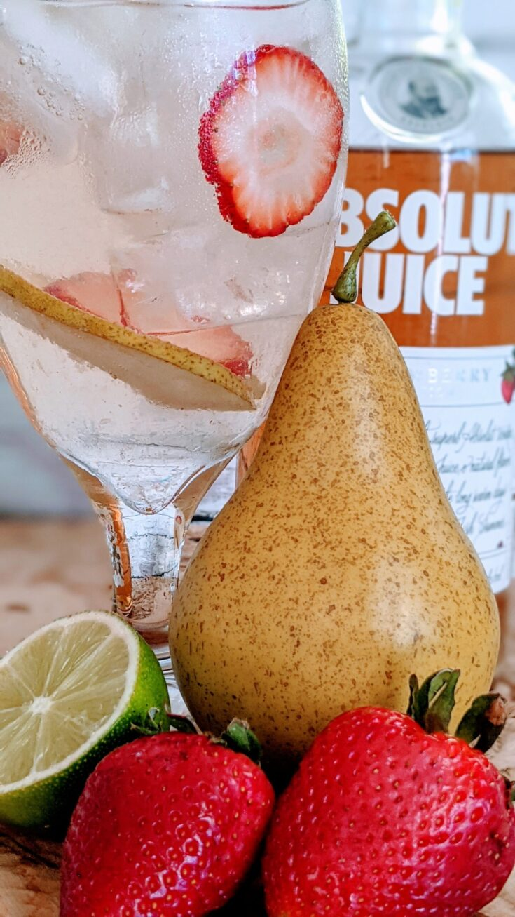 ABSOLUT STRAWBERRY PEAR COCKTAIL