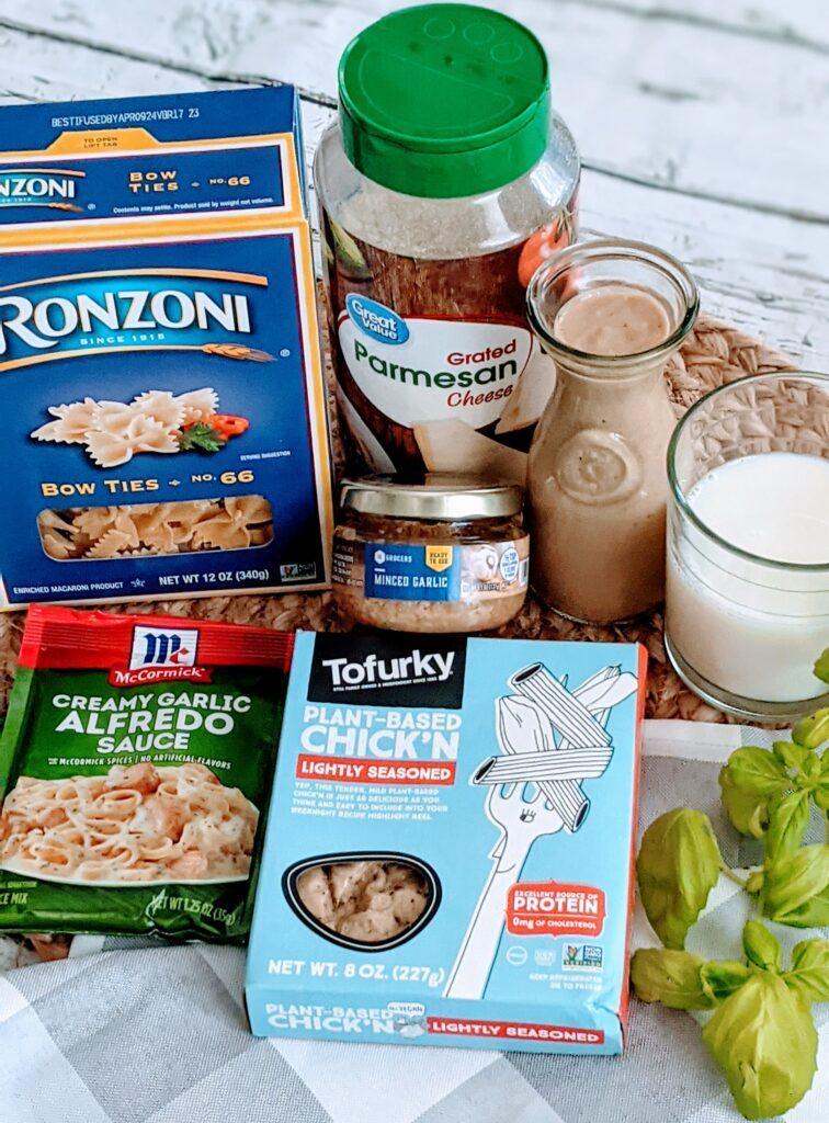 Ingredients for  HOT CHICK'N CAESAR.